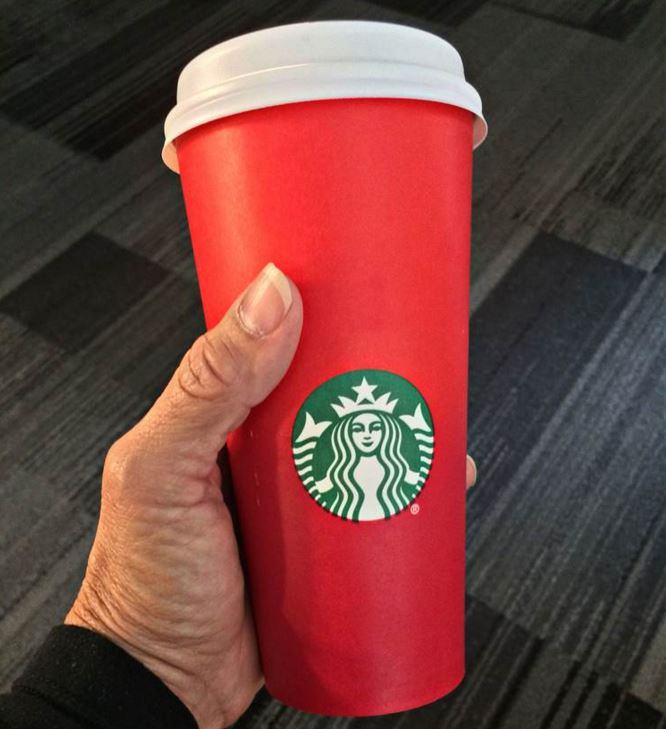 Starbucks Christmas Cups 2019.Starbucks Red Holiday Cup Controversy Know Your Meme