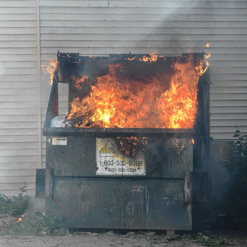 Fox News' Chris Wallace: Ford's testimony a 'disaster' for GOP DumpsterFire2