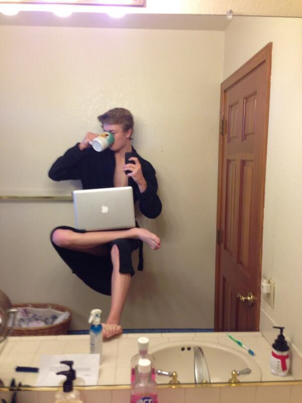 Image - 672699] | Selfie Olympics | Know Your Meme