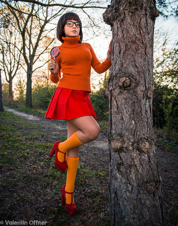Scooby doo daphne sexy cosplay are mistaken
