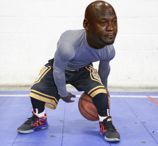 midget-basketball-players