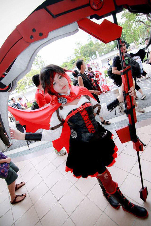 Ruby Rose From Rwby Cosplay Know Your Meme