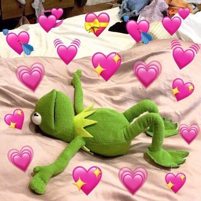 Kermit S In Love Kermit The Frog Know Your Meme