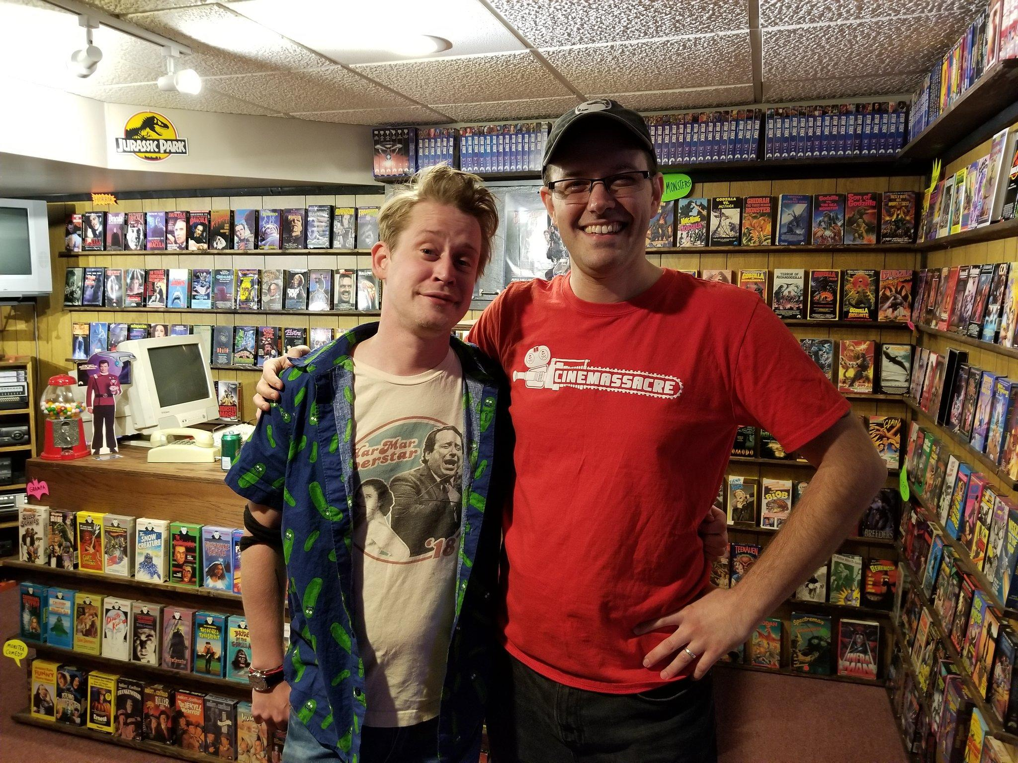 James Rolfe And Macaulay Culkin The Angry Video Game Nerd Know