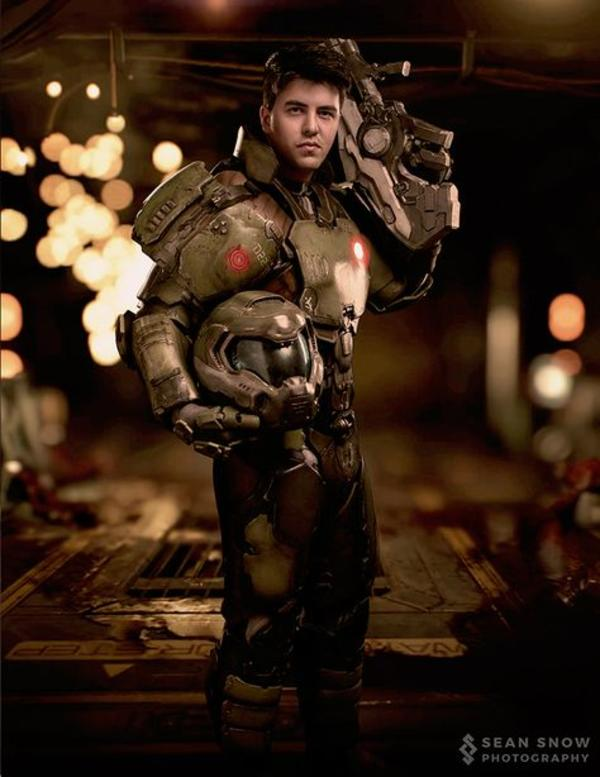Doom Marine By Nathan Deluca Cosplay Know Your Meme
