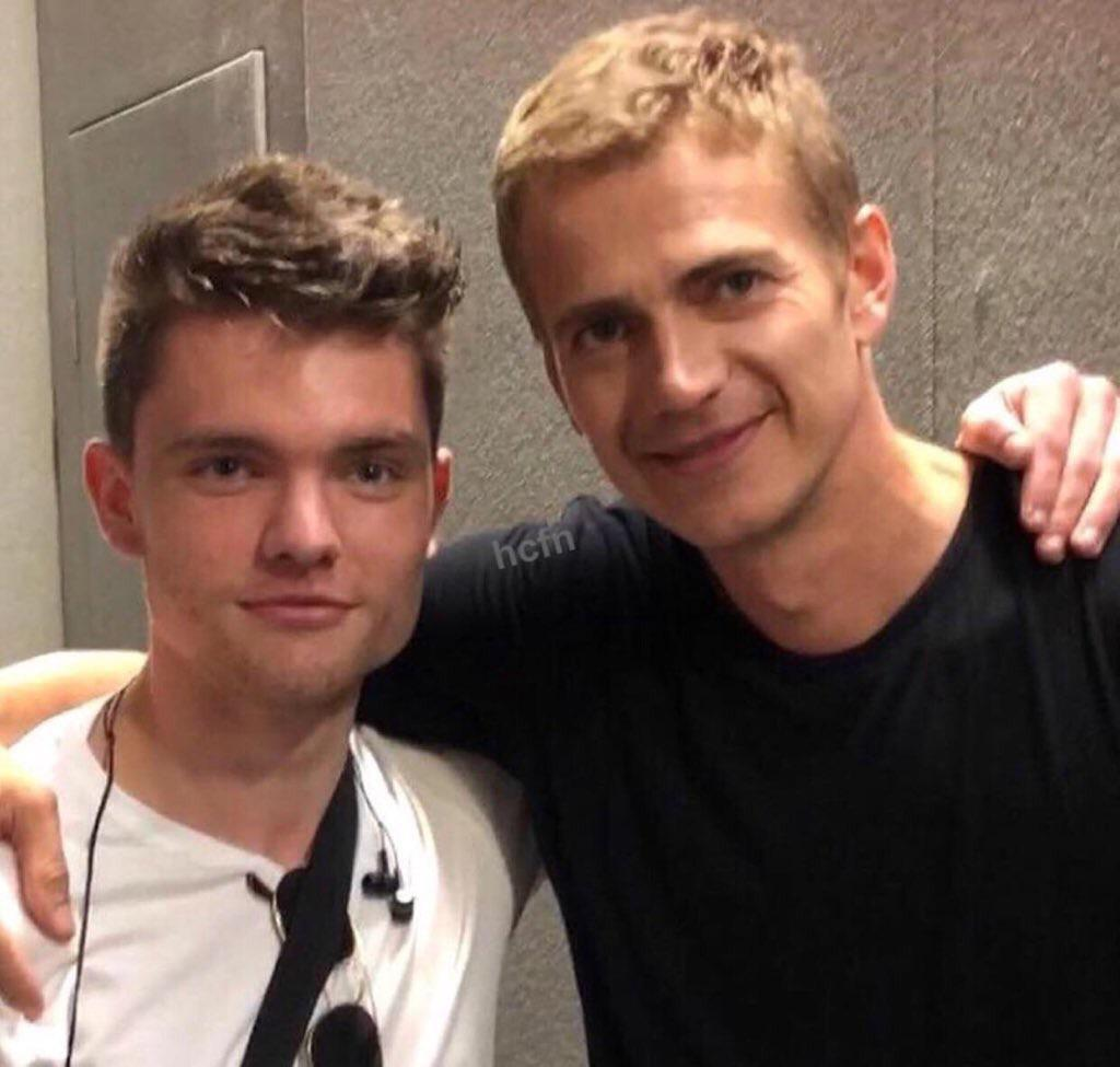 This Was Already Posted Here But This Is Hayden Christensen Next To Ross Beadman Who Played The Youngling From Rots That Got Murdered And I Feel Like We Don T Talk About Enough