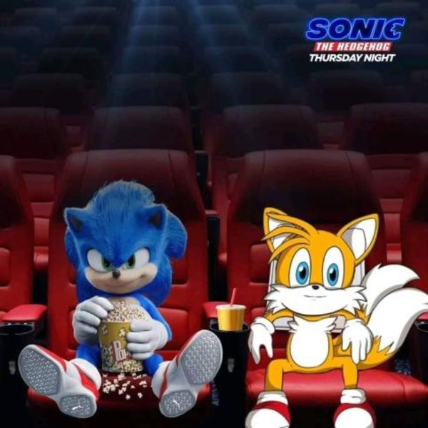 Bench Tails Enjoying The Movie Sonic The Hedgehog 2020 Film