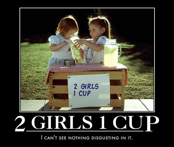 2 GIRLS CUP 1 CAN T SEE NOTHING DISGUSTING IN IT
