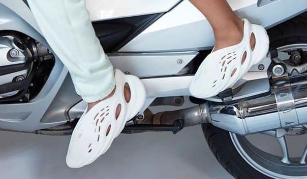 Motor vehicle Vehicle Auto part Car Footwear Automotive exhaust