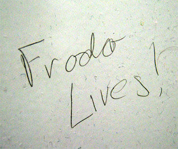 Frodo Lives Text Handwriting Font Line