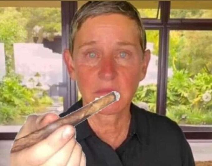 306 Ellen DeGeneres The Ellen DeGeneres Show Finger Skin Chin Eyebrow Jaw Organ Thumb Muscle