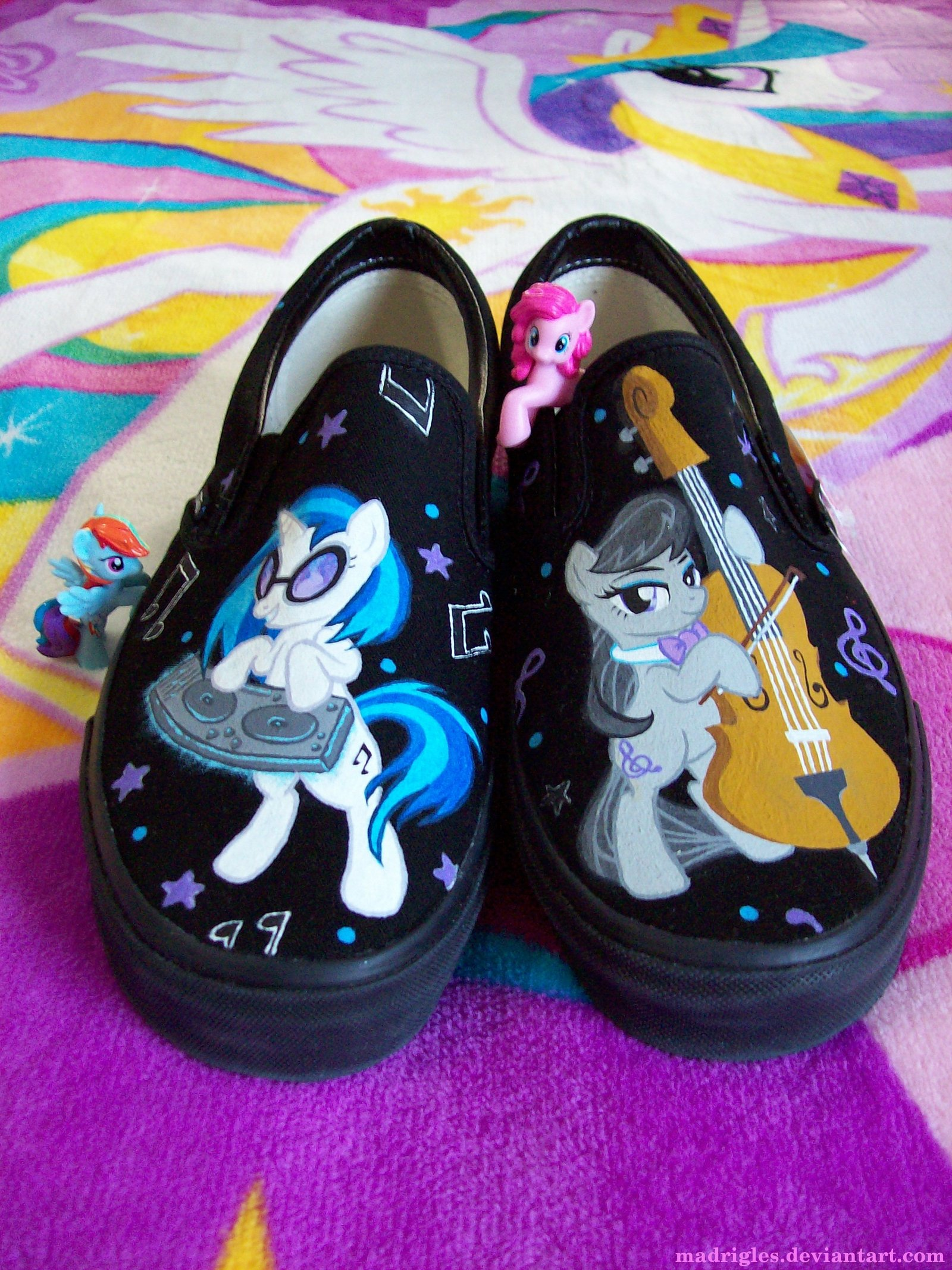 79fc29a0230788 madrigles.deviantart.com Rainbow Dash Pony footwear shoe purple
