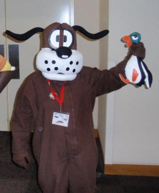 Gen Con Duck Hunt Dog Costume Duck Hunt Know Your Meme