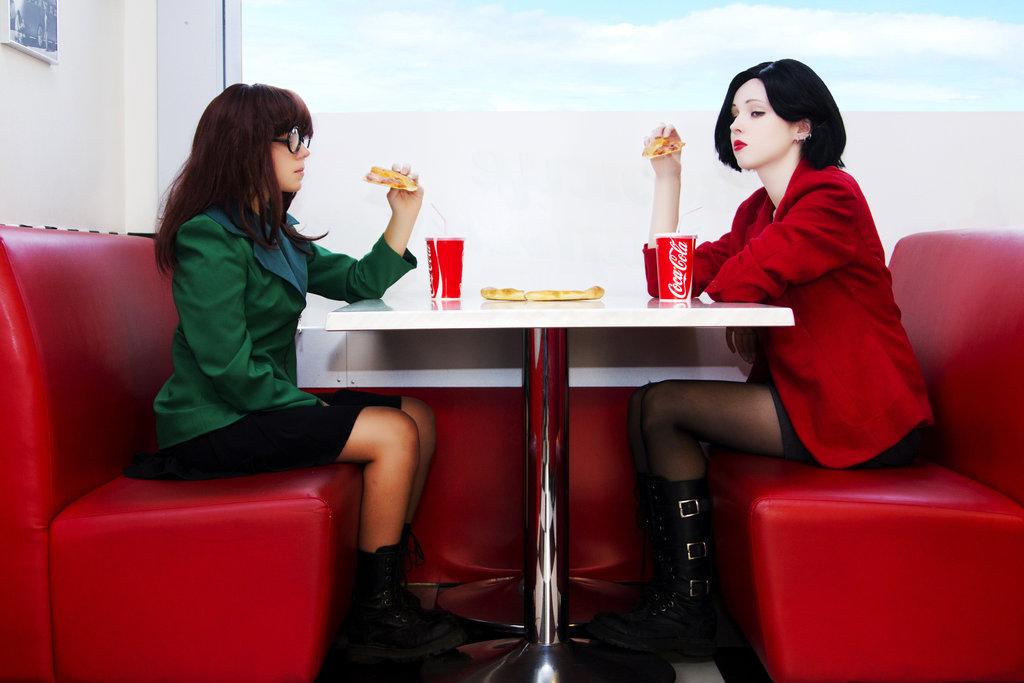Jane Lane Daria Morgendorffer Red Furniture Sitting Table Girl Leg
