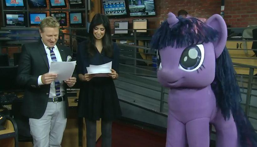 Twalot Sporkle Invades Toronto News Channel | My Little Pony ...