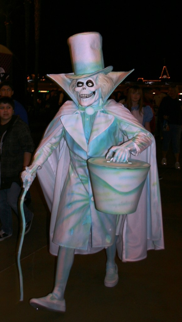 Hatbox Ghost Cosplay Know Your Meme