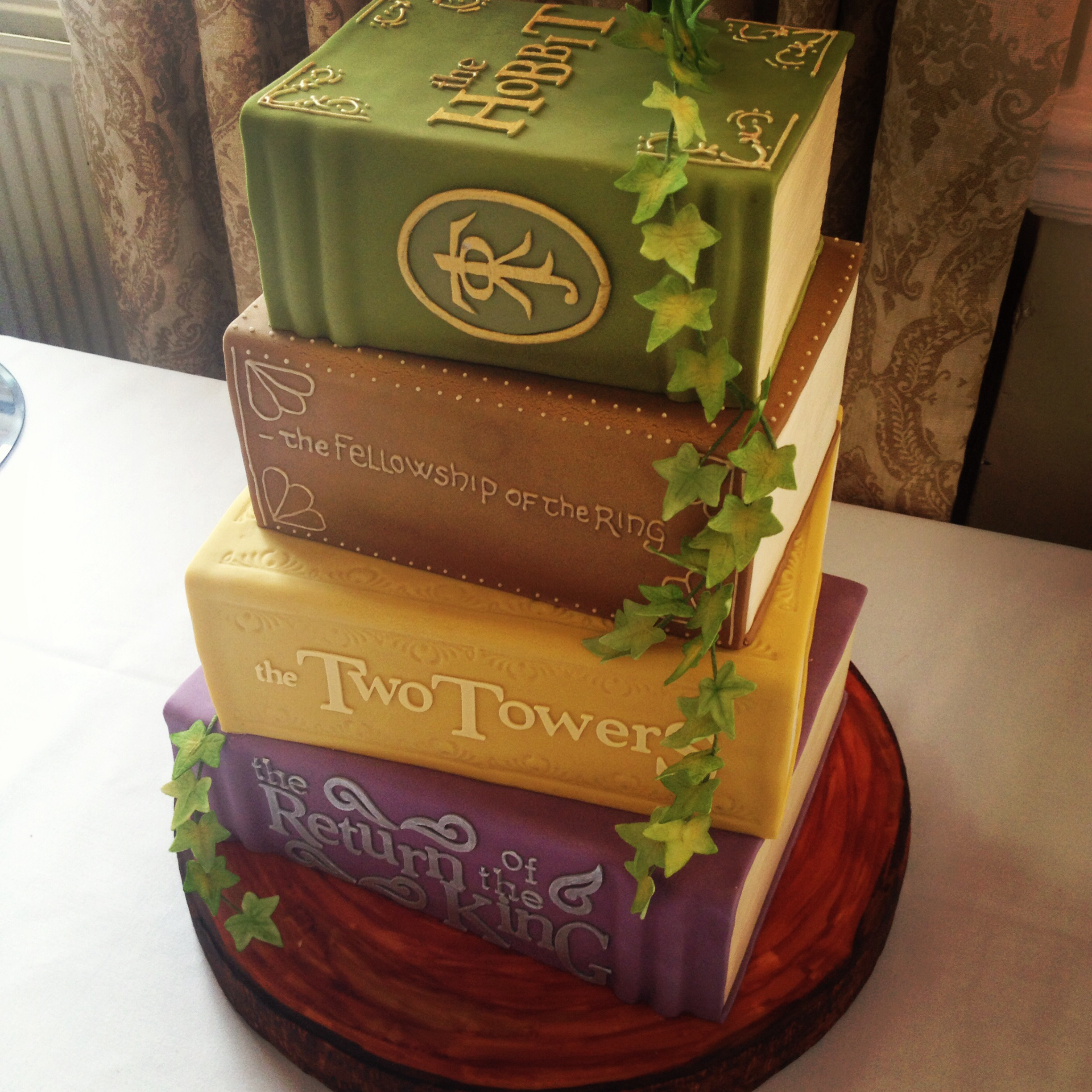 Lord Of The Rings Cake Lord Of The Rings Know Your Meme