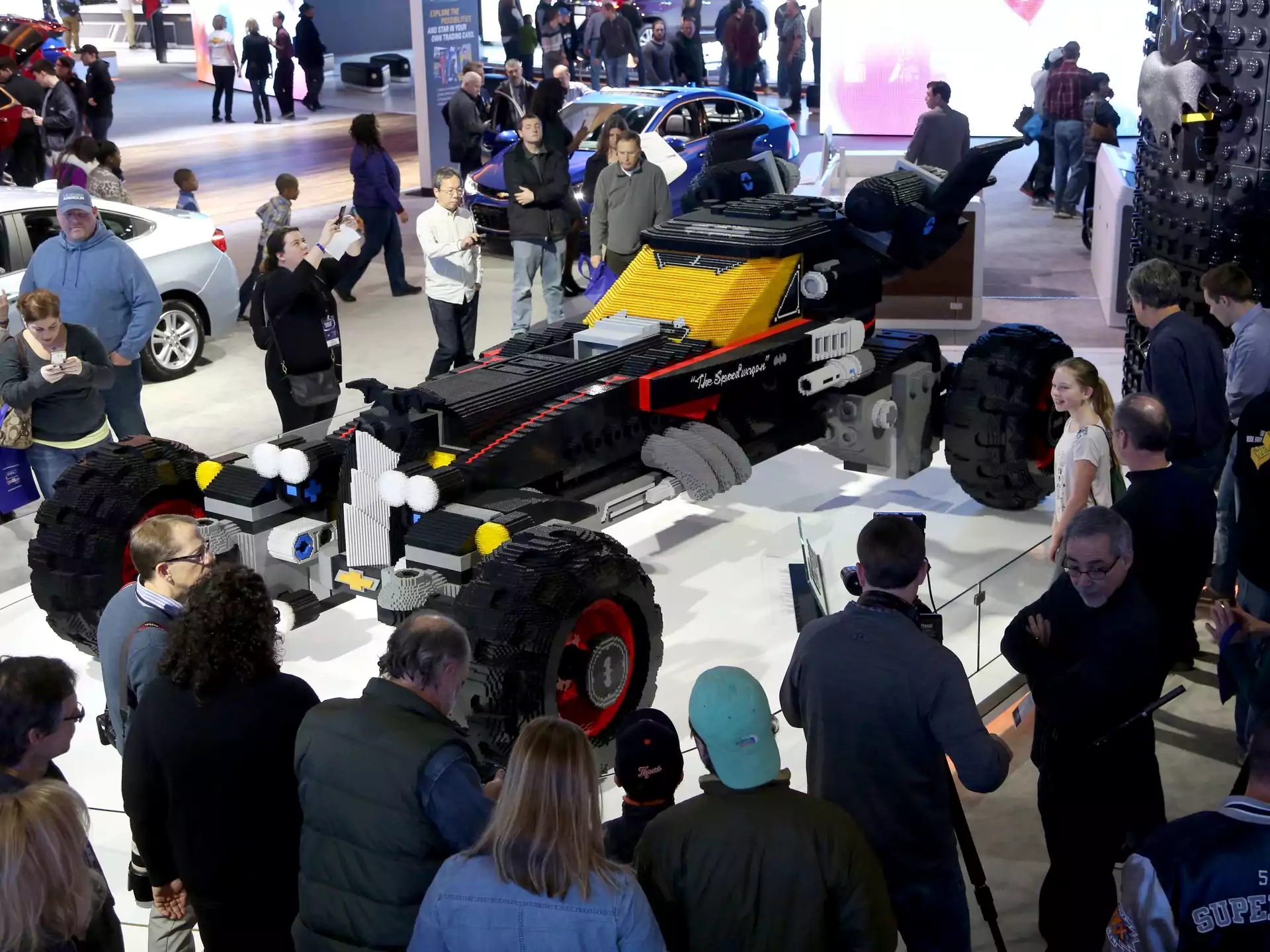 Life Sized Lego Batmobile Unveiled At Detroit Auto Show The Lego
