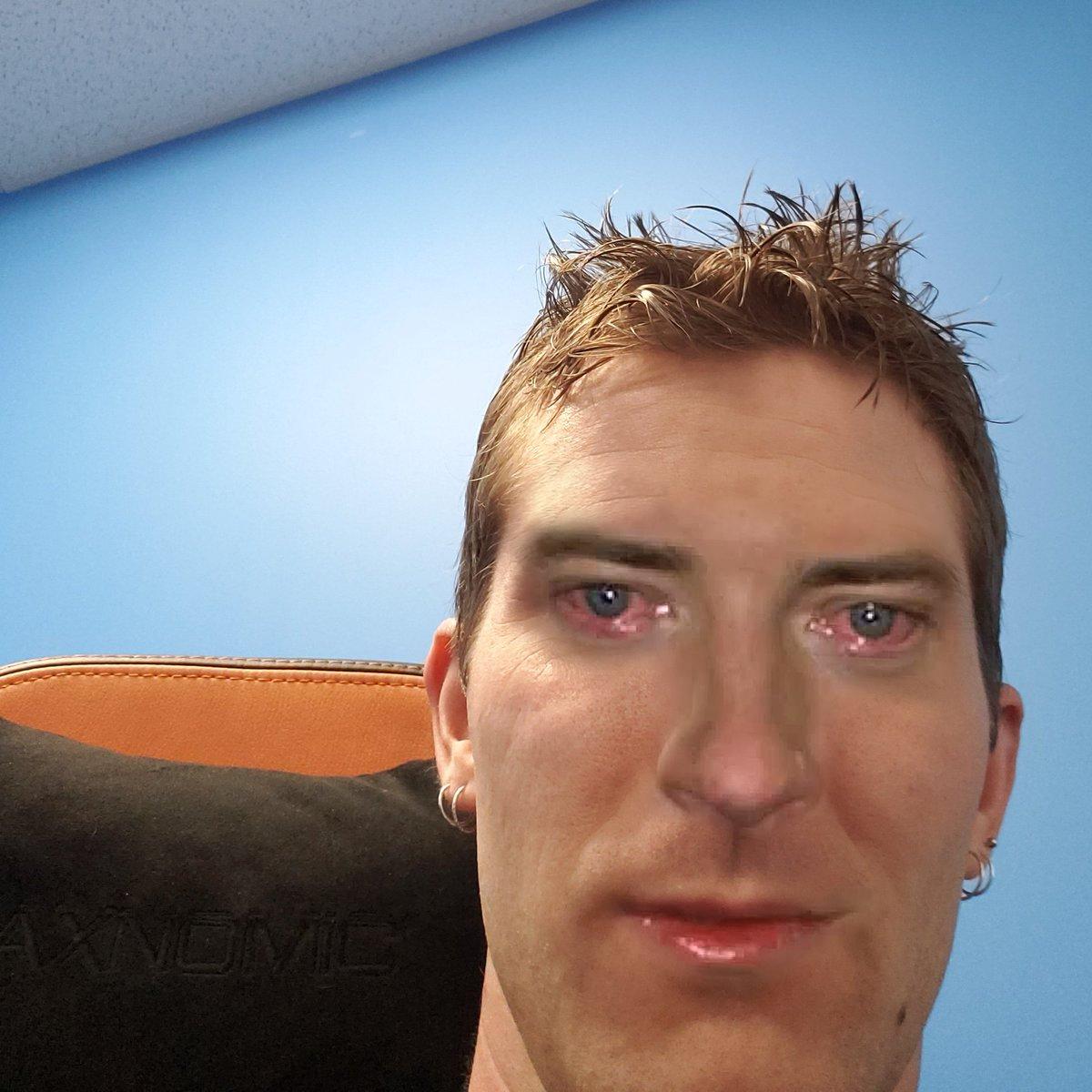 Just Linus Selfie Know Your Meme